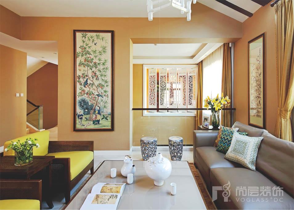 西山林语别墅装修中的客厅实景图