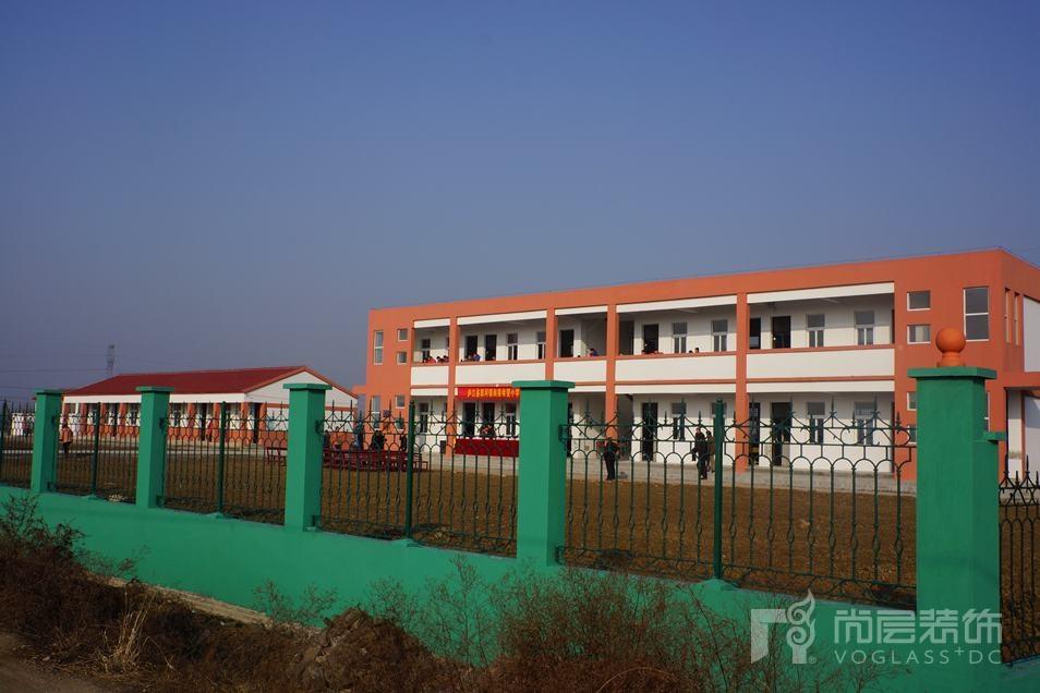 安徽庐江尚层希望小学新的教学环境