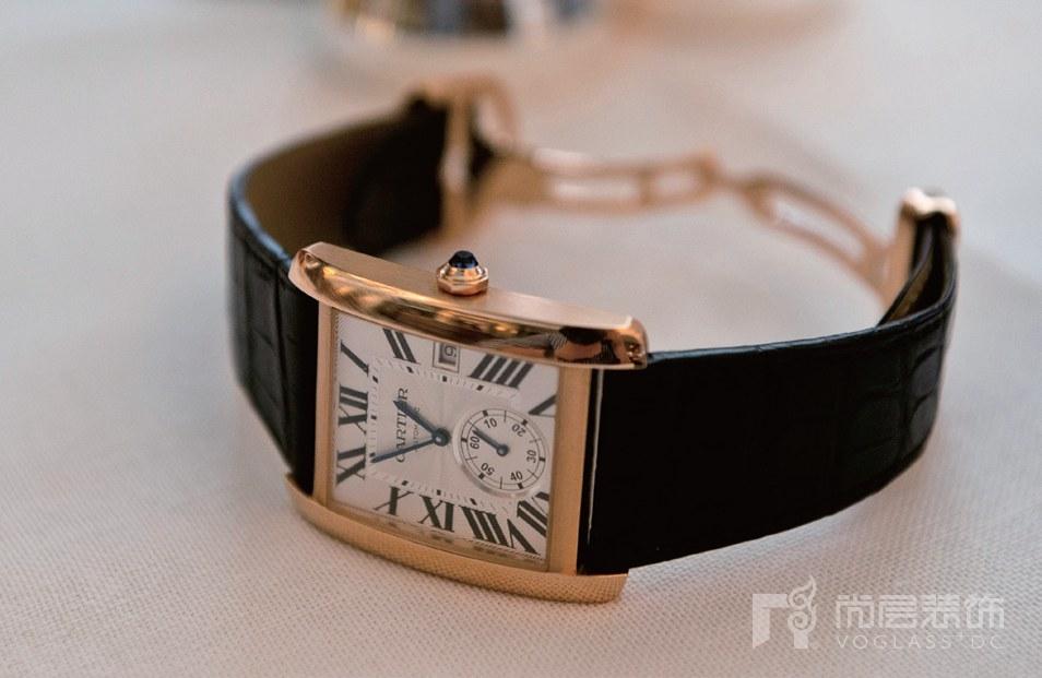 尚层装饰别墅生活皮革腕表