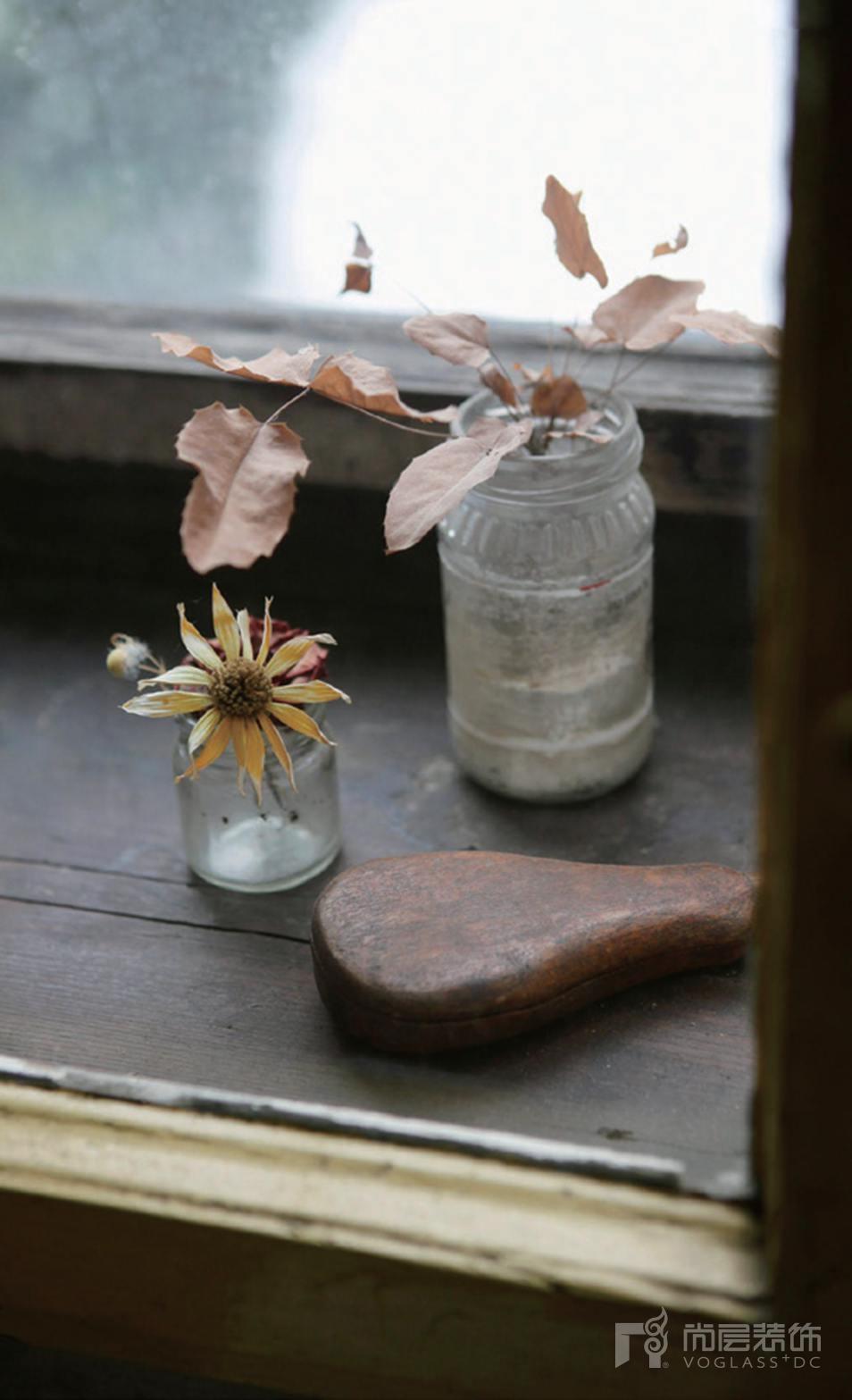 尚层装饰别墅生活插花瓷器