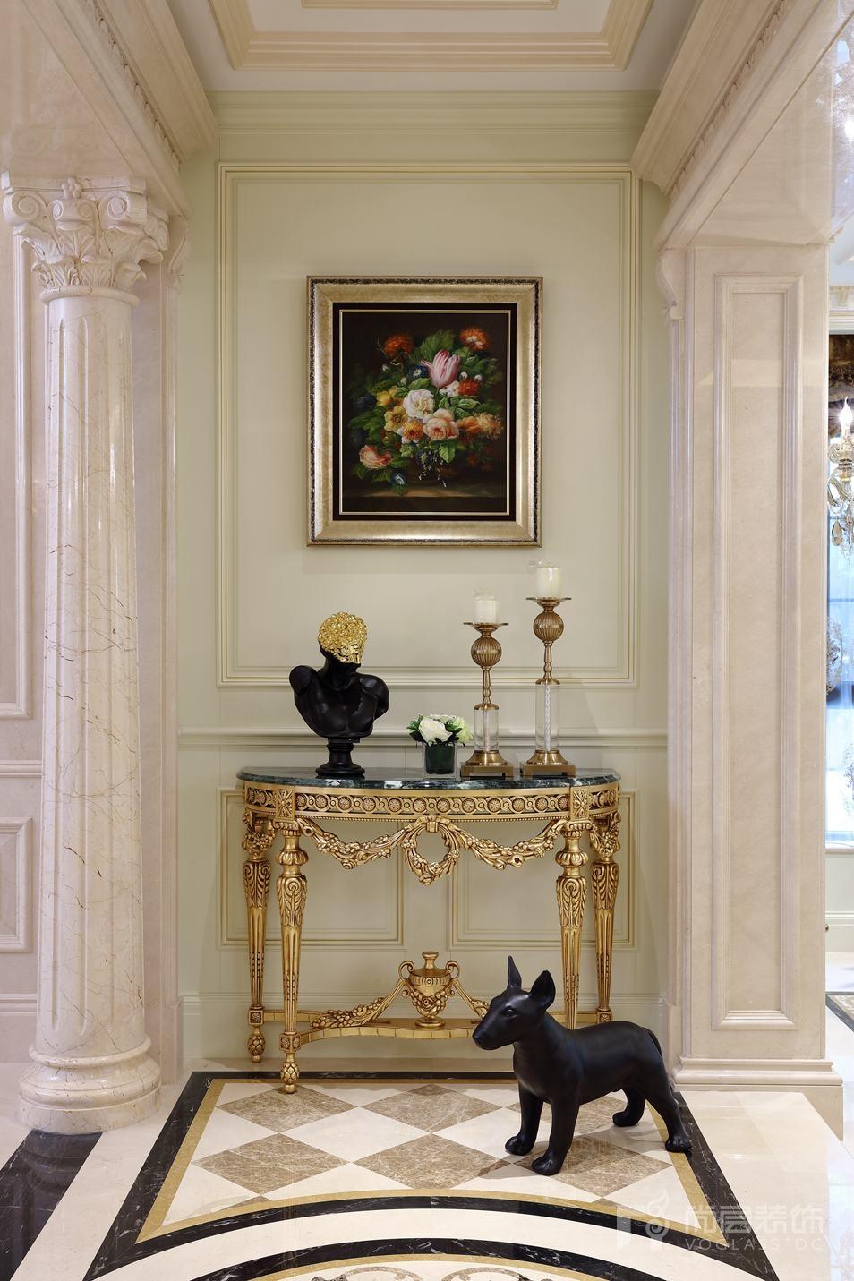 远洋天著欧式新古典门厅别墅装修实景图