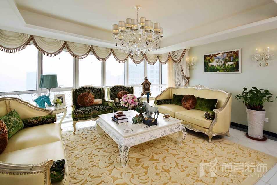 阳光上东法式新古典客厅别墅装修实景图