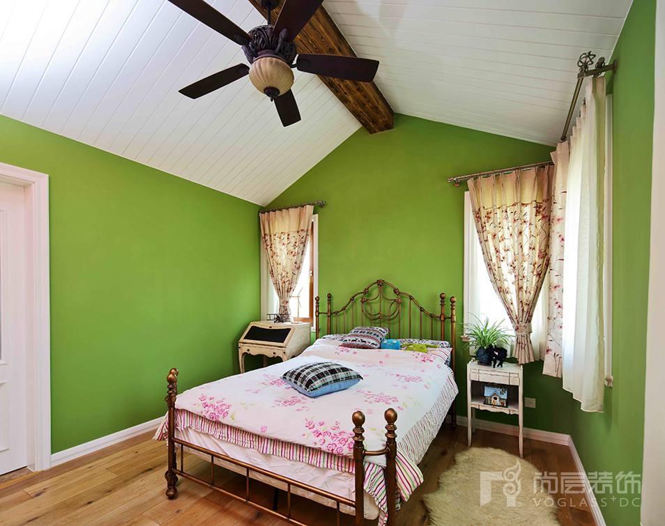 尚层别墅装修儿童房卧室设计-绿色