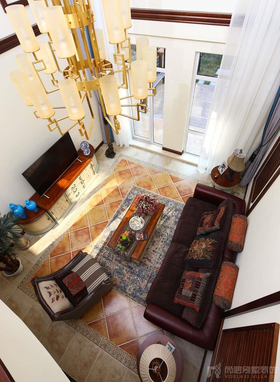 国际半岛托斯卡纳客厅别墅装修实景图