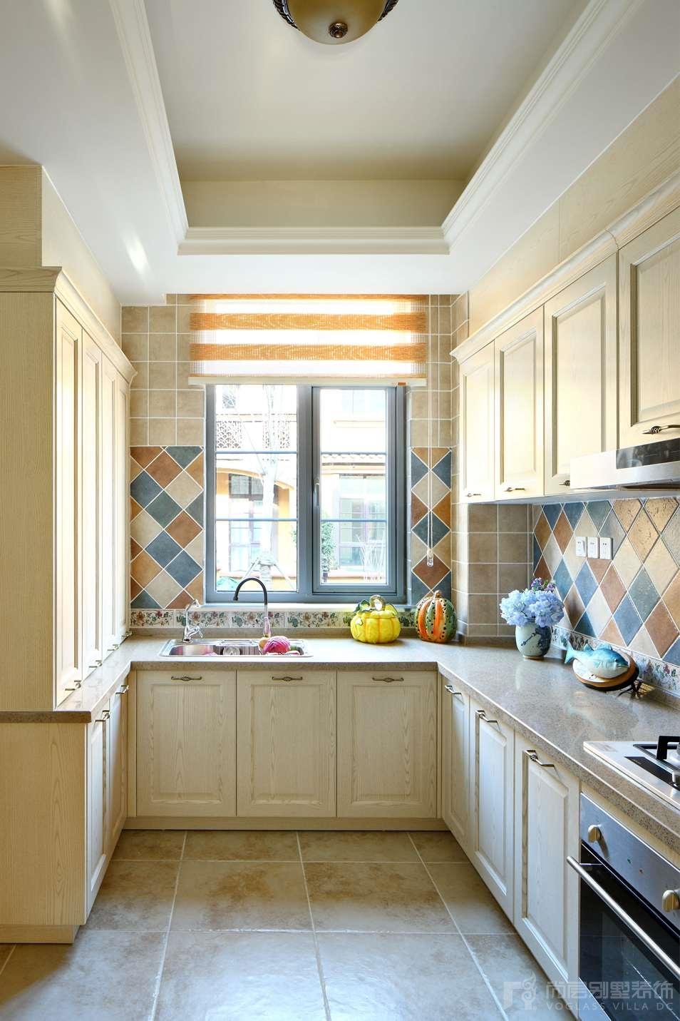 国际半岛托斯卡纳厨房别墅装修实景图