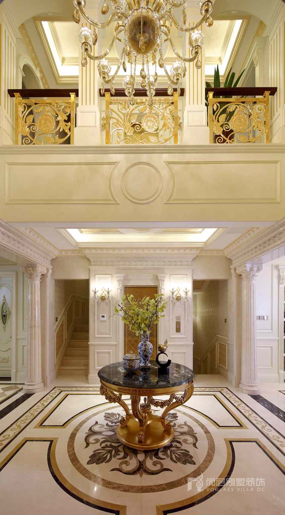 远洋天著法式新古典门厅别墅装修实景图