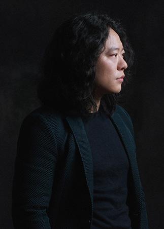 工作室首席设计师张卓