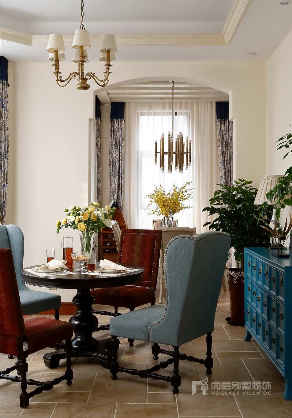 别墅设计装修餐厅实景图