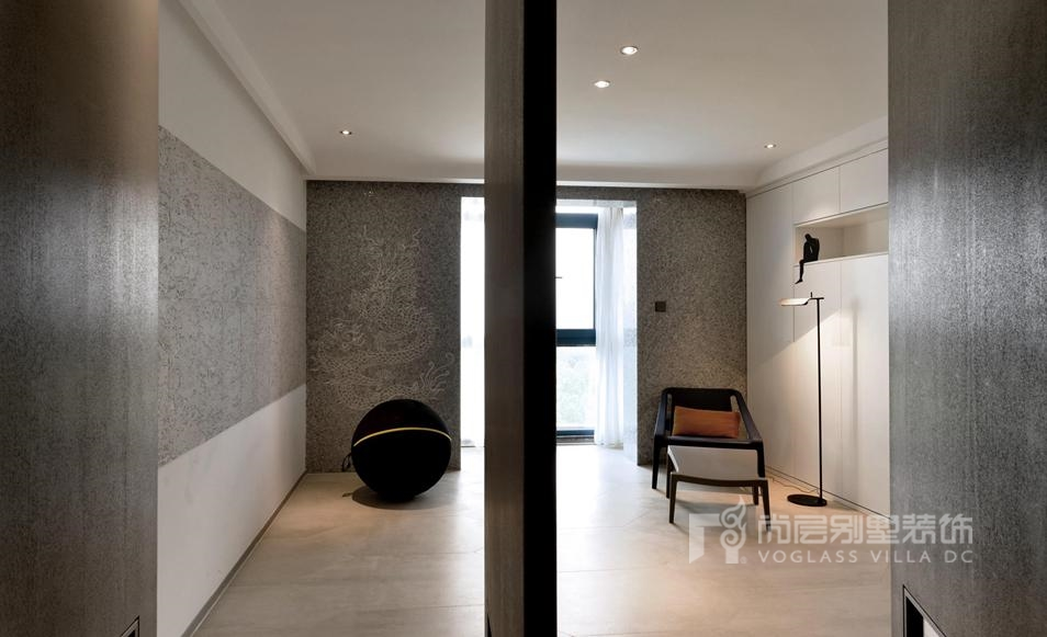 300平方米别墅设计案例-多功能厅实景图