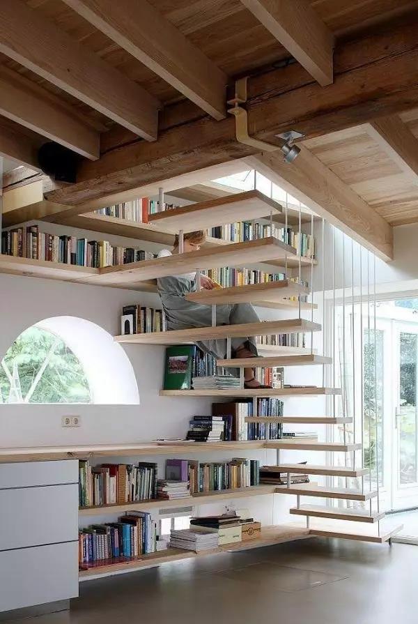 别墅楼梯装修设计注意事项,不会让别墅毁在楼梯上的装修攻略