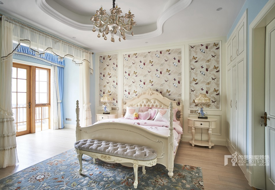 别墅客厅欧式风格样板房装修设计图片