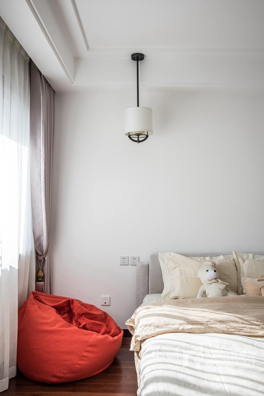 卧室新中式风格顶跃样板房装修设计