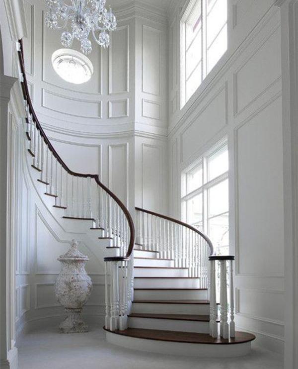 别墅的楼梯厅怎么装修?别墅楼梯设计需要注意哪些呢?_
