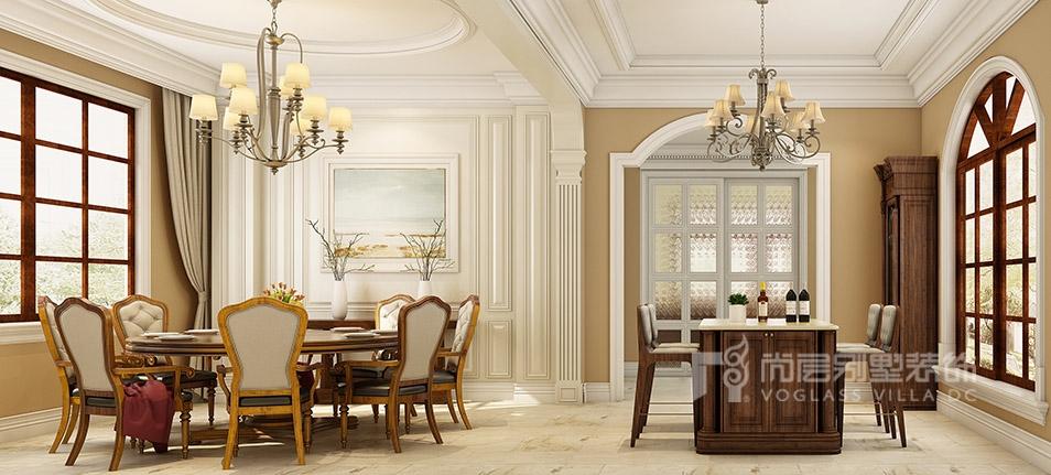 茶室旁是一个随意的书画室,中式的屏风或窗棂、工艺隔断,通过这种分隔的方式,中式家居的层次之美得以展现。书房镂空隔断门设计,使这个普通空间彰显不平凡的一面。 设计师说:一木万变,品百味格调,一隅之地,也可讲型格。 在设计之初,尚层设计师何杰对它的定位就是一个隽雅而又温暖的设计的空间,他说:家给人的感觉一定是温馨的,轻松的,自由的,随性的。