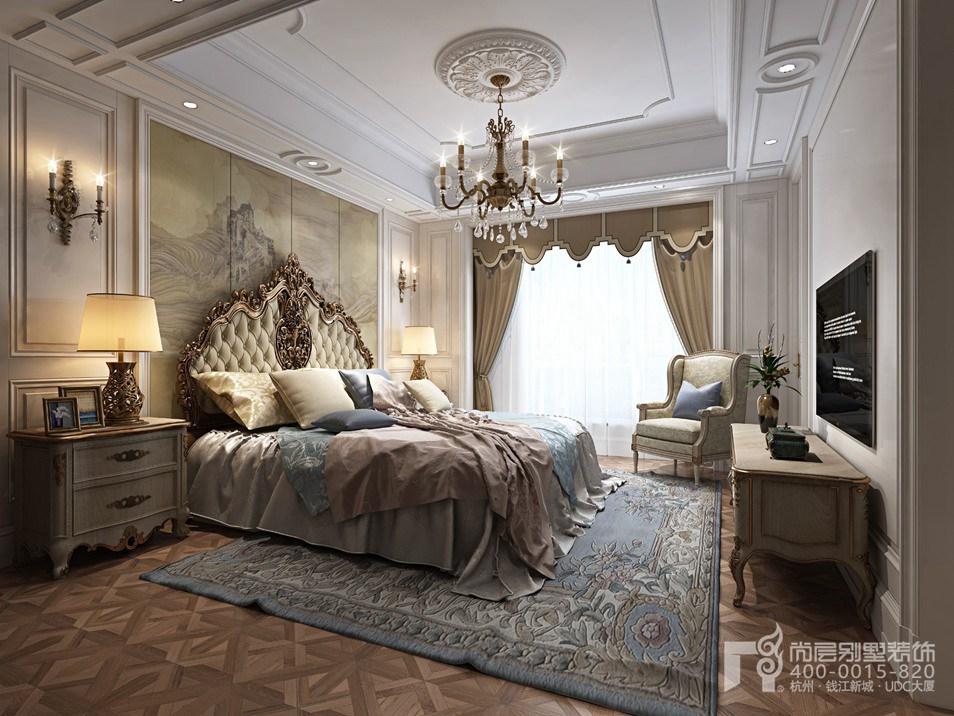 在这次混搭风格别墅案例中,儿童房的设计内容丰富,地毯上任意摆设的吉他与玩具,形成了儿童嬉戏玩耍生动画面,色彩丰富,视觉明丽鲜艳,给儿童带来五彩般的居室,长长的金属吊灯带有鲜明的欧式风格,这也展示着杭州尚层设计团队服务优势,在卧室里感受欧式的生活环境与人文情怀。