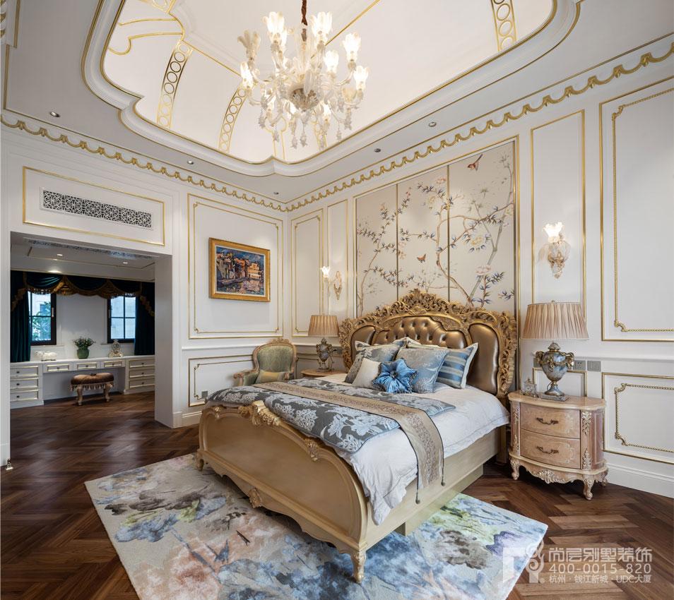 侧卧室实景图