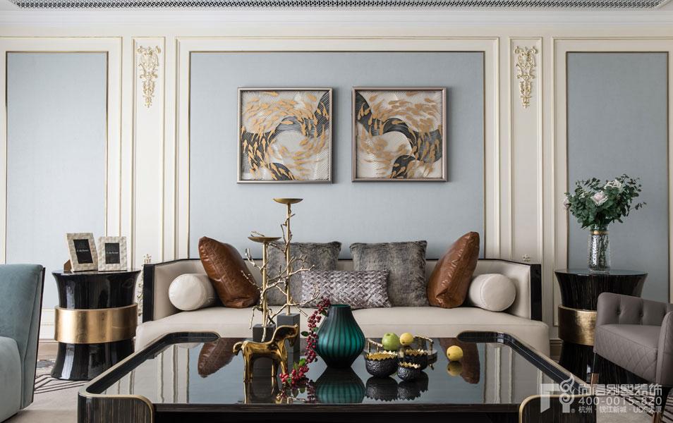 法式客厅实景图