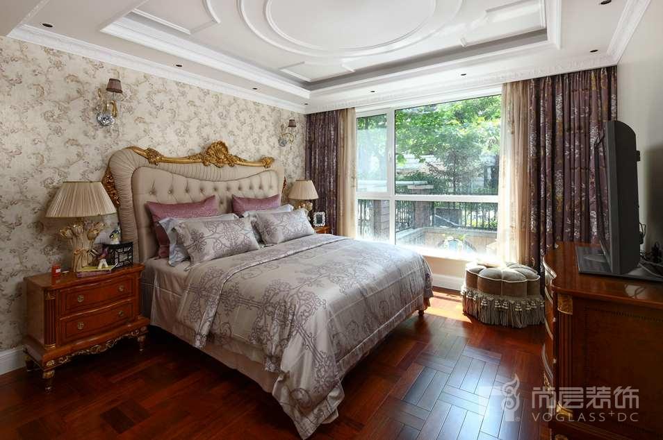 石膏线欧式沙发墙装修效果图
