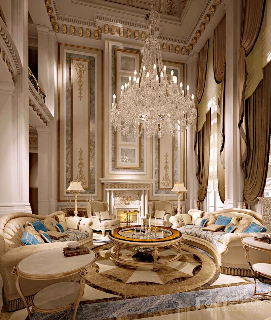 客厅以欧式古典主义的宫廷风格为主线
