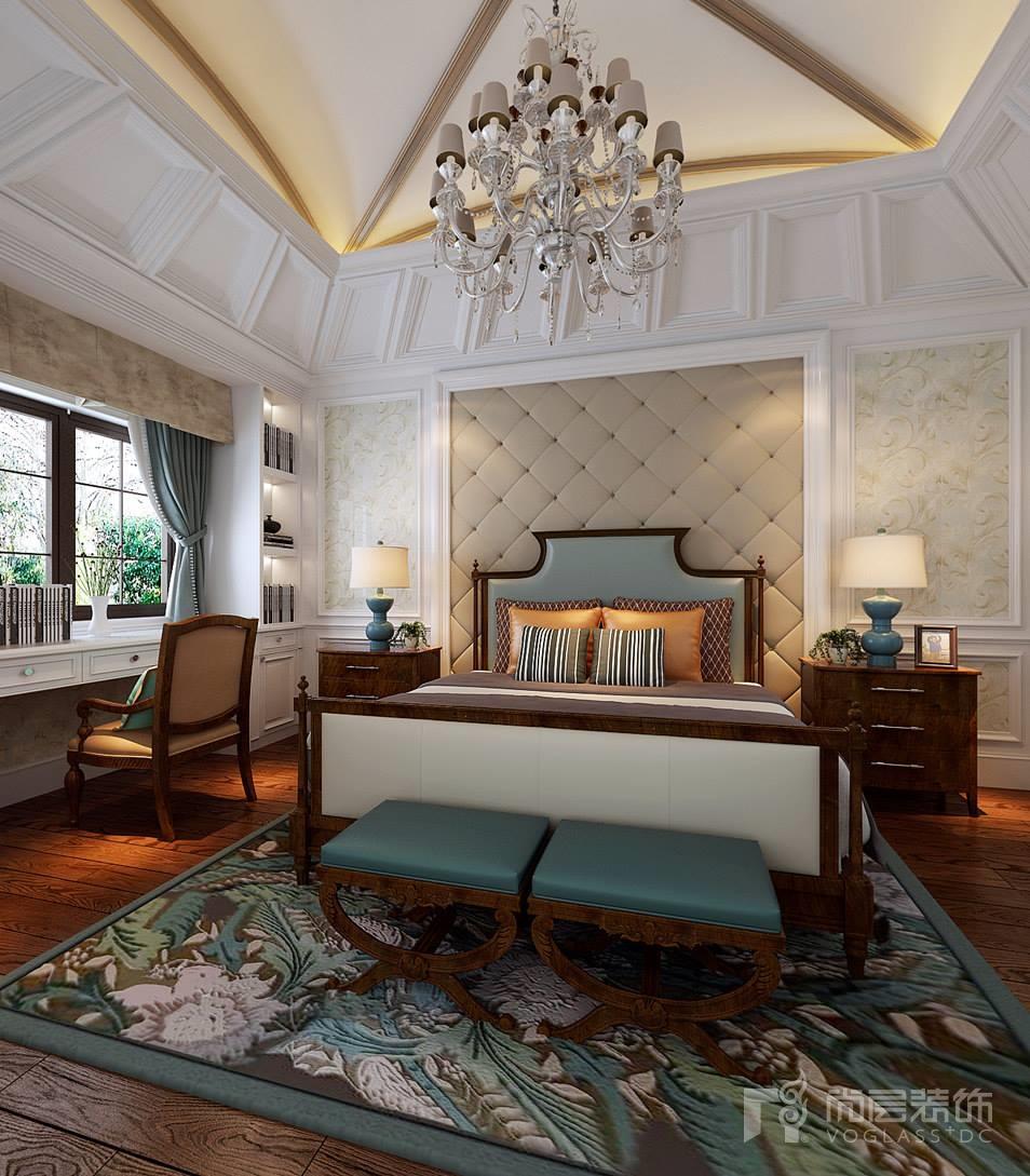 欧式壁纸搭配实木床