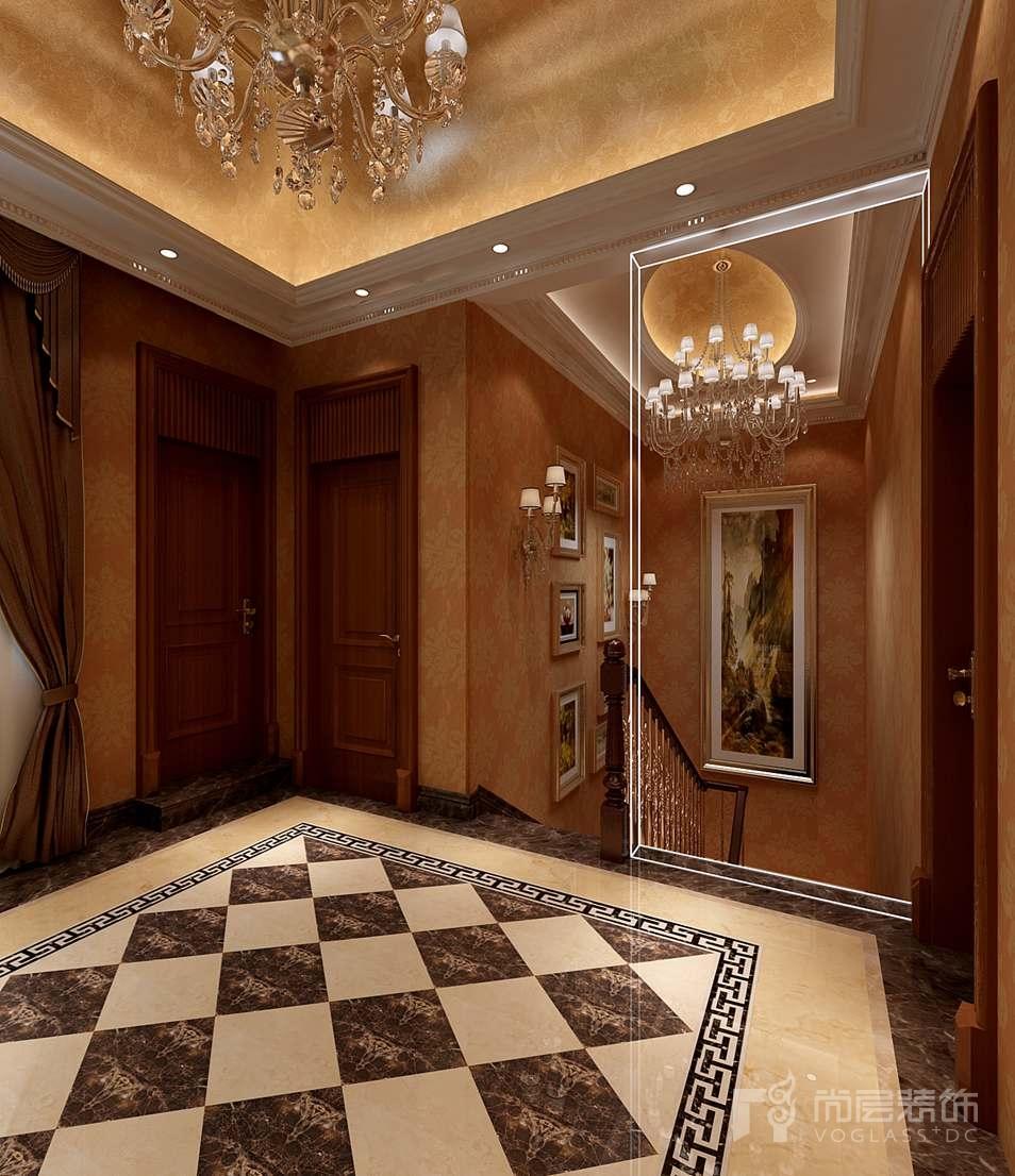 本案碧水庄园别墅装修设计的楼梯间装饰采用理石