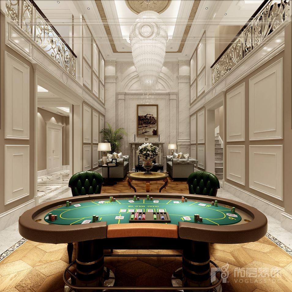 紫禁壹号院地下二层别墅装修空间,墙面采用大量的护墙板,增添空间的层次感,地面采用大理石与地板的混搭组合,与弧形的棋牌桌相融合,提升空间中的温度,白色和跳跃色彩的应用也提升空间的沉闷,同时也充分体现空间的惬意。