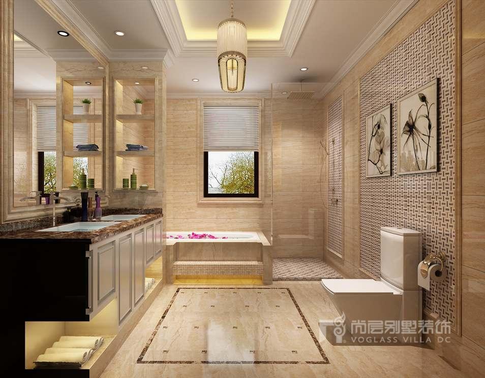 地面,马桶和淋浴位置的马赛克装饰,浴缸马赛克的台阶,充分提升了整个图片