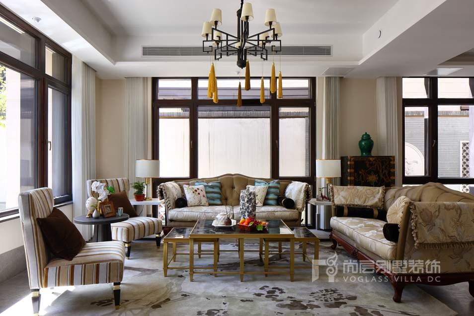 尚层别墅设计案例客厅实景图